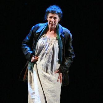 LA MADRE, Il Prigioniero, Paris Opera 2008Photo Fred Toulet.